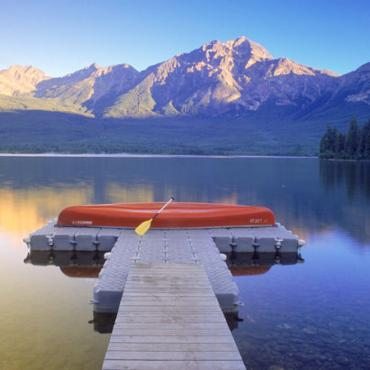 Alberta Pyramid Lake Jasper National_Park