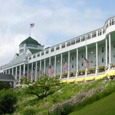 MI Grand Hotel Mackinac.jpg