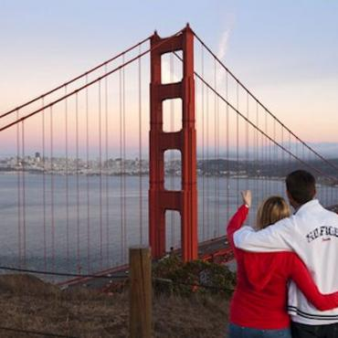 SFO Goldengate bridge & couple.jpg