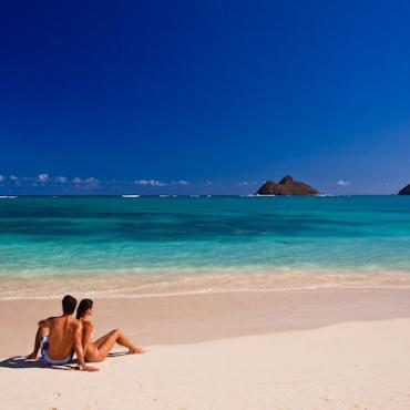 Hawaii beach and couple.jpg