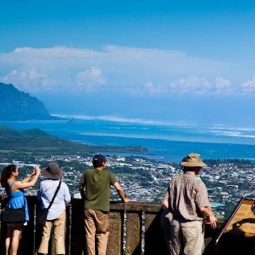 Oahu Pali lookout.jpg