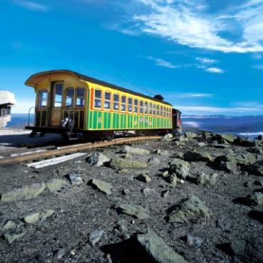 NH Mt Was cog railway.jpg