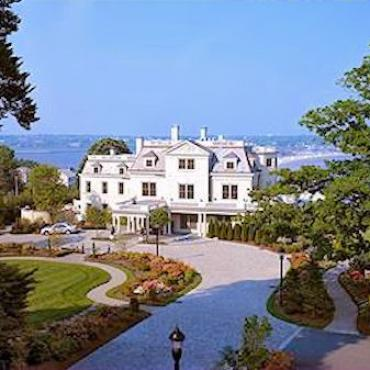 RI Mansion at Cliff walk.jpg