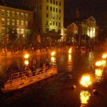 RI Prov Waterfire (2).jpg