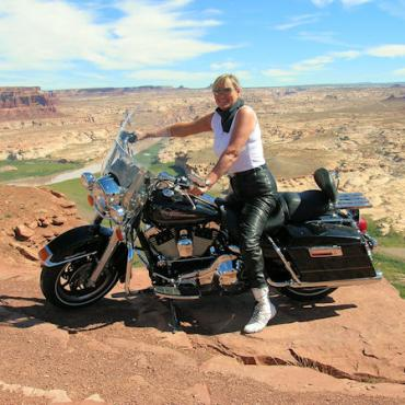 ERider woman at canyon.jpg