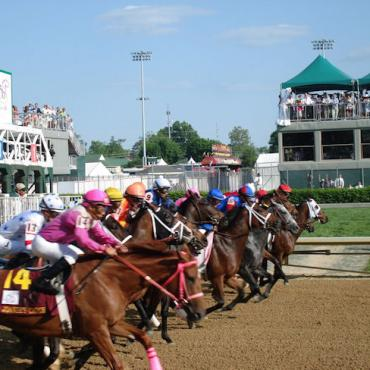 KY start of derby race.jpg