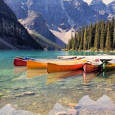 AL Moraine Lake.jpg
