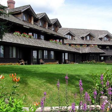 von-trapp-family-lodge-3[1].jpg