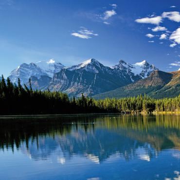 TRAFLGR Canada scenic.jpg
