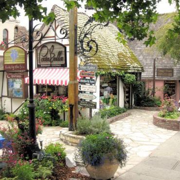 CA Carmel shops2.jpg