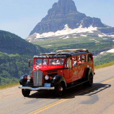 MT Glacier Ntl Park Jemmer bus.jpg