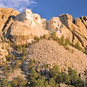 SD Mt Rushmore letterbox.jpg