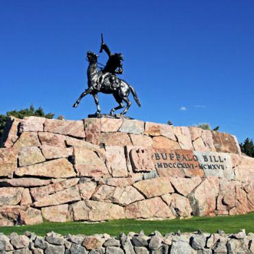 WY Buffalo Bill monument.JPG