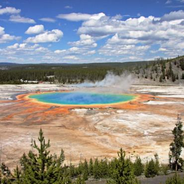 WY Yellowstone Geothermal.JPG