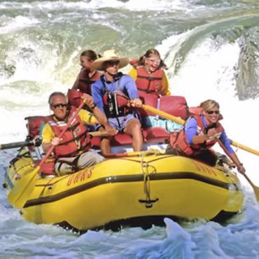 CAN rafting.jpg