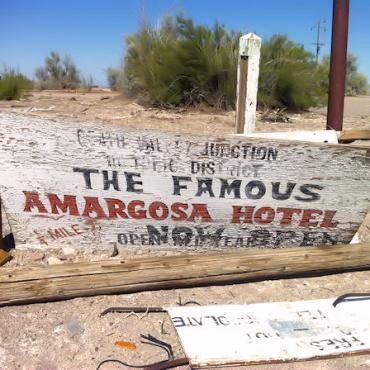CA Amaragosa Hotel sign.jpg